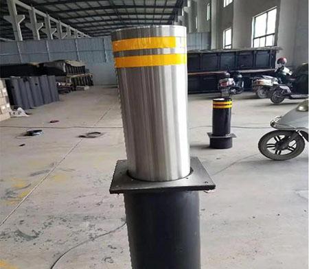 安装自动升降柱是交通控制的必要手段